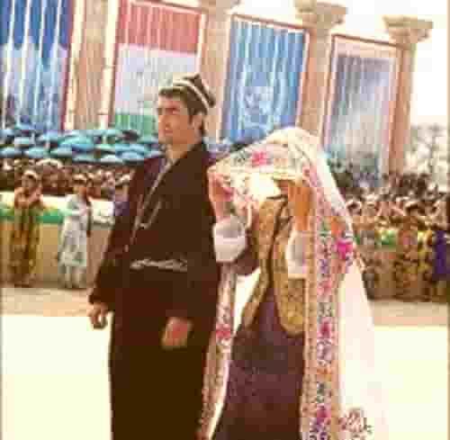 دانلود آهنگ شاد و بسیار شنیدنی تاجیکی