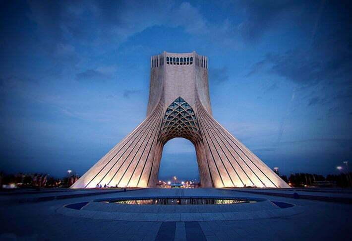 اجاره روزانه آپارتمان در تهران همراه با مسافران خارجی
